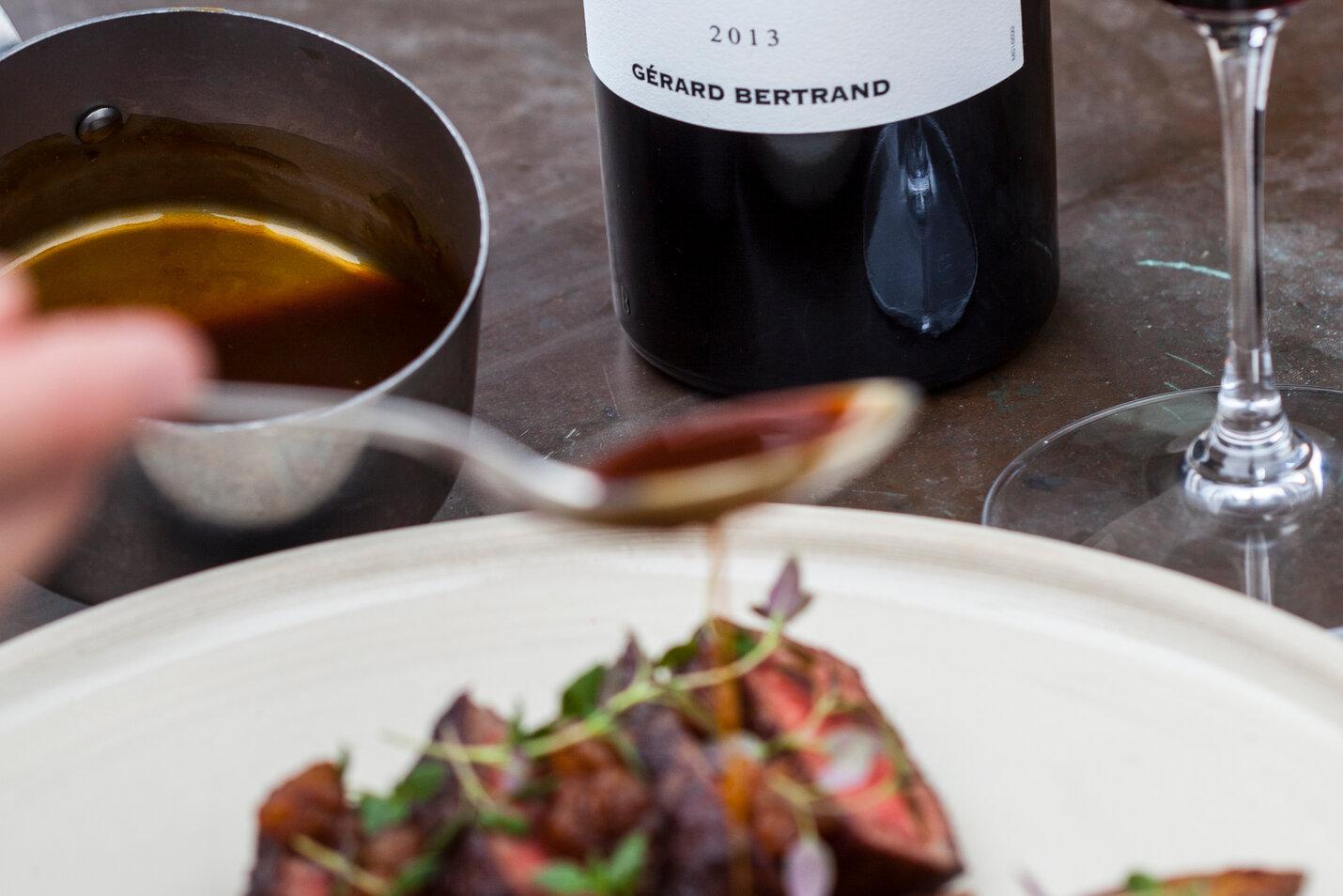 rødvinssauce, sauce, rødvin, opskrift, fremgangsmåde, tilberedning, mad, vin