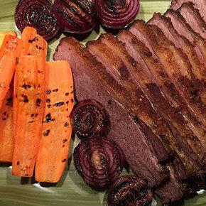 Oksespidsbryst, brisket i grill, mad, vin, rødvin, ingredienser, opskrifter, tilberedning, langtidssteges
